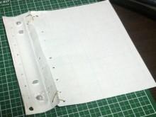 紙を使って試行錯誤。